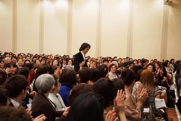 s-H28年3月19日ケアフレンズ岡山秋川雅史講演会バザー020